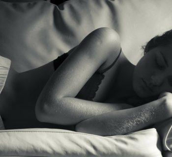 por que sudamos al dormir